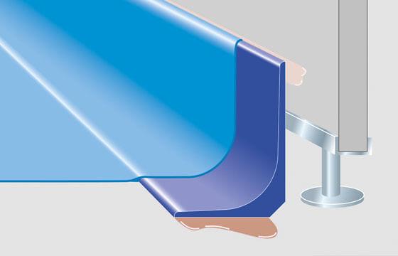 Hohlkehlenprofil bei Trockenbauwand mit Stellschrauben für Hygiene & Ästhetik.